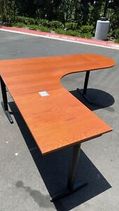 Great Looking Office Desk With Side Extension And Strong Base