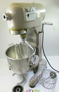 Hobart 10 Quart 3 Speed Mixer C 100 With Whip Beater And Dough Hook