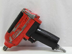 Snap on Mg725 1 2 Inch Drive Impact Wrench
