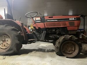 Case International 235 4 Wheel Drive Hydro Tractor All Or Parts