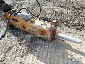 Bti Bx8 Hydraulic Breaker Attachment Came Off A Volvo Bl70 Backhoe Loader