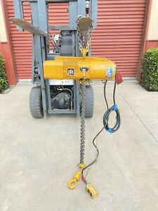 Ingersoll Rand Hlf208 1 Ton Electric Chain Hoist With 2 25 Hp Doerr Motor
