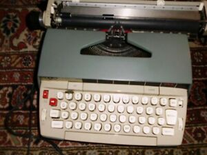 Electric Typewriter Works Well