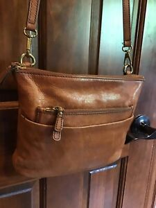 "FOSSIL Medium Brown Leather Crossbody Bag 10"" wide $18.99"