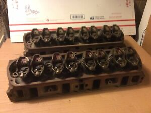 Pair Of 1991 Ford 351 C i 5 8l Cylinder Heads
