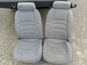 Ford Mustang Front Seat Set Cloth Light Gray Manual