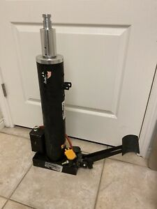 Omega Lift Equipment 41000c 0 5 Ton 2 stage High lift Transmission Jack Only