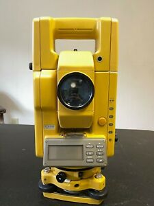 Topcon Manual Total Station Gts300 Gts302 W Carrying Case