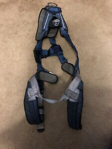 Dbi sala Exofit Positioning Harness Size Medium Climbing September 2018