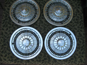 Nos 71 1972 1973 74 Chevrolet Chevelle Monte Carlo Wheel Covers Hub Caps 341332