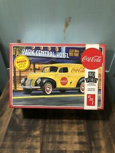 AMT Coca Cola 1940 Ford Model Kit