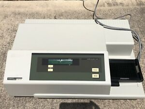 Molecular Devices Tunable Microplate Reader Versamax