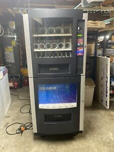 Rs 800 Snack And Soda Combo Vending Machine In Working Condition Seattle Wa