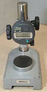 Mitutoyo No 543 683 500 Digimatic Indicator With No 7003 Comparator Base