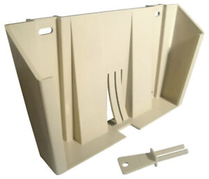 Bemis 435 020 Wall Bracket For 5 Qt 2 Gal Sharps Container