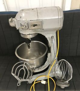 Hobart A 200 20 Quart Mixer W Bowl And Attachments
