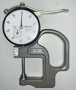 Mitutoyo No 7304 Flat Anvil Dial Thickness Gauge 2416f In Excellent Condition