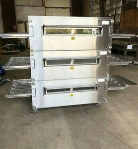 Xlt 3255 Triple Stack Natural Gas Pizza Conveyor Ovens