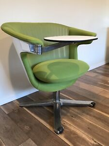 Steelcase I2i Lounge Chair With Desk Tablet Wasabi Green Loaded With Options