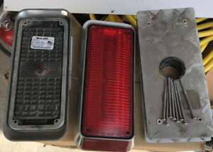 Whelen 700 Series Smart Led Red Flashing Light With Low Power
