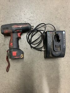 Snap on 3 8 Inch Drive Impact Wrench Gun Tool Battery Charger Cordless Ct3110hp