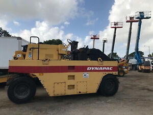 2004 Dynapac Cp221 Pnematic Roller