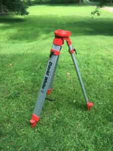 David White Model 9450 Aluminum Adjustable Extension Laser Level Survey Tripod