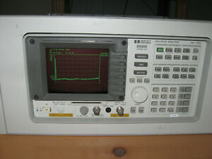 Hewlett Packard Spectrum Analyzer 8591e Option 001 1 0 Mhz To 1 8ghz