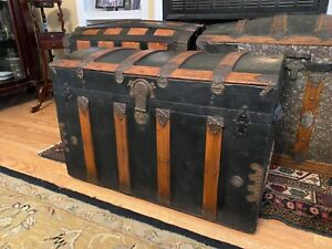 Antique Estate Dome Top Steamer Trunk Chest With Handles Tray