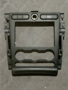 2005 2006 2007 2008 2009 Ford Mustang Radio Bezel With Switches