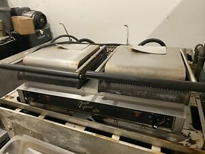 Star Gx20ig Double Commercial Panini Press W Cast Iron Grooved Plates 208 240v