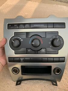 2005 2006 2007 Jeep Grand Cherokee Climate Control Switch With Panel Bezel Oem