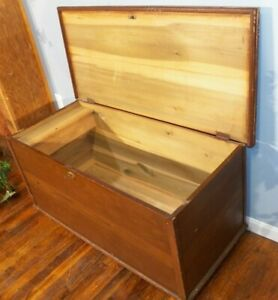 Antique Original Paint Grain Painted Blanket Chest Turned Feet With Glove Box