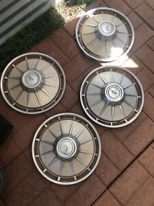 Vintage 1961 Chevy Corvair Hubcaps Set Of 4 Chevrolet 13 Blue Triangle Bow