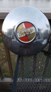 Jeep Wagoneer Jeepster Commando Dog Dish Style Hubcaps 70 Hubcap