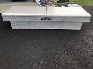 Delta Fullsize Truck Tool Box No Key340260 Bottom Is 6 Feet Long 19 Inches Deep