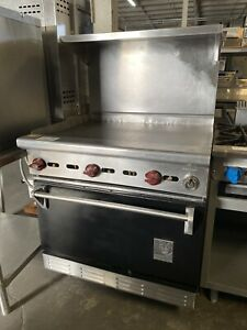 Wolf 36 Flat Top Griddle W Standard Oven Range Combo