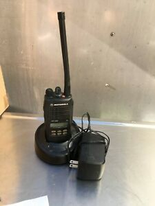 Motorola Ht1250 Handie talkie Radio With Battery Charger Power Adapter 6