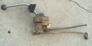1968 Ford Mustang Mercury Cougar 3 Speed Floor Shifter Rods Included