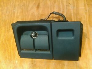 1995 1999 Chevrolet Gmc C 1500 Ashtray Housing With Navy Blue Ashtray