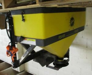 Fisher 1000 Tailgate Salt Spreader No Controls Local Pickup Only