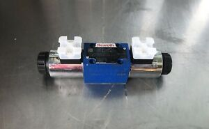 Bosch Rexroth R900914070 Hydraulic Directional Control Valve Solenoid Actuated