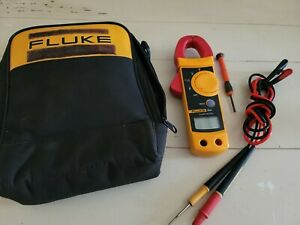 Fluke 322 Clamp Meter W case And Leads