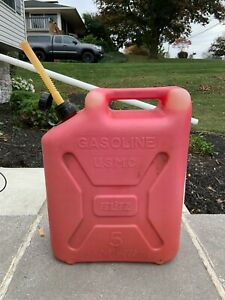 Vintage Blitz Usmc 5 Gallon Plastic Gas Can With Spout Jerry Can Usa