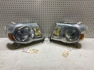 2005 2006 2007 2008 2009 2011 Toyota Tacoma Right Left Pair Headlight Oem