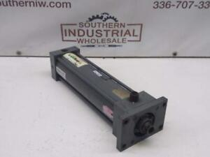 Miller A61b6c Pneumatic Cylinder 250psi 3 25 Bore 12 Stroke 1 37 Rod 1 thread