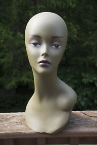 Mannequin Head Female African american 16 Used