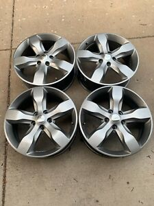 20 Oem Jeep Grand Cherokee Wheels Like New
