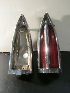 1960 Oldsmobile Right And Left Hand Tail Light Assemblies 5950902 5950901