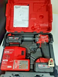New Milwaukee M18 Fuel 3 8 Stubby Impact Wrench Kit W 2 5 0 Batteries 2854 22